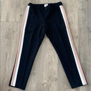 Black crop pant with side stripes